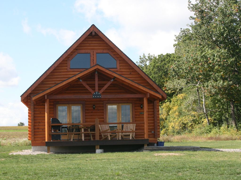 Beautiful Real Log Cabin Overlooking Homeaway Geneva