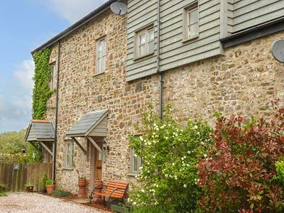 LEAT COTTAGE NEWLAND MILL, pet friendly in North Tawton, Ref 924311