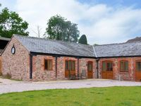 THE CART HOUSE, luxury holiday cottage in Alberbury, Ref 15913