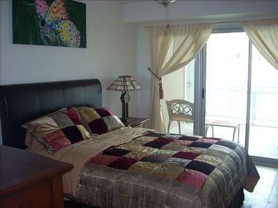 Cupecoy condo rental - Lagoon-view Bedroom with Queen-sized Bed and private balcony