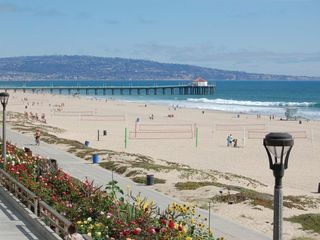 Manhattan Beach house photo - Manhattan Beach pier & Palos Verdes Peninsula
