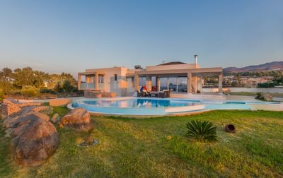 Villa Fotaki with private Swimming Pool. 25% DISCOUNT FOR SEPTEMBER/OCTOBER 2017