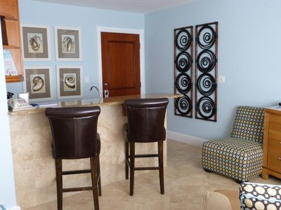 Providenciales - Provo studio rental - Breakfast Bar for dining