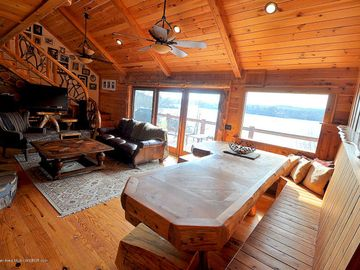 Lewis Smith Lake house rental - Family room and beautiful, handmade, built-in table with benches
