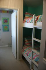 Laguna Beach townhome photo - hallway bunk sleeps two more :)