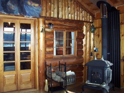 Oakland cabin rental - 3-season porch with wood stove