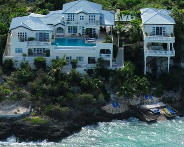 Welcome to Luxurious Oceanfront Ambrosia Villa!