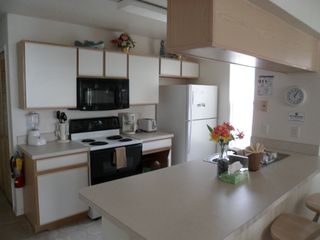 Lindfields condo photo - Fully equipped kitchen