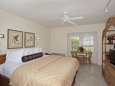 Key West studio rental - Newly Tiled Floor, Ceiling Fan & New Lighting