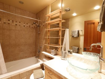 Ensuite bathroom in master bedroom. Plenty of shelving for your personal items.