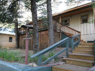 2BR cabin with large deck near casinos