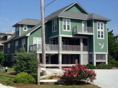 Anchor In  -  come enjoy Pawleys Island in our traditional family beach house