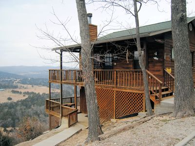Located on bluff 450 feet over valley floor with incredible views