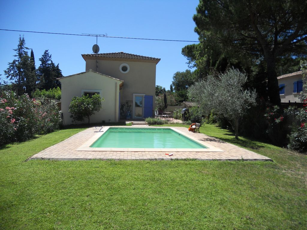 House, 125 square meters, with pool