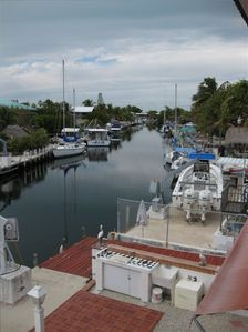 Islamorada/Tavernier Rental - View of Canal - Outdoor kitchen