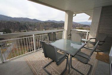Whispering Pines Condo 552