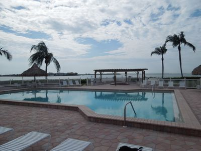 Spacious Pool steps away from condo that overlooks bay and sunshine Bridge.