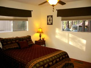 Prescott lodge photo - The 'Senator's Suite'' with a queen bed