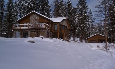 Winter WONDERLAND! Close to Blacktail & Big Mtn Resorts