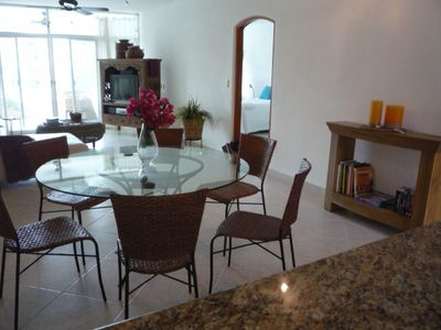 Puerto Aventuras condo rental - Dining and Living room.