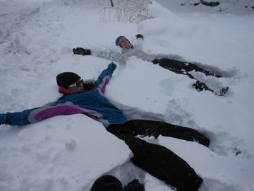 Trying to make Snow Angels