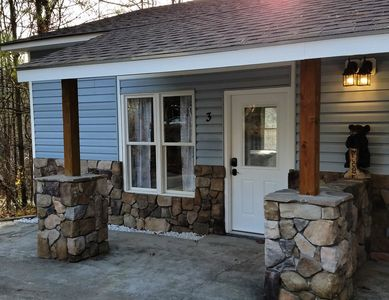 Azalea Cottage Near Biltmore Park Blue Ridge Parkway EXCELLENT LOCATION