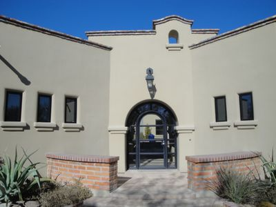 Front entry to property