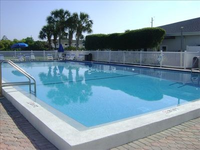 Dunes of Destin condo rental - Oversized heated pool
