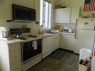 Carrabassett Valley condo photo - fully equipped kitchen