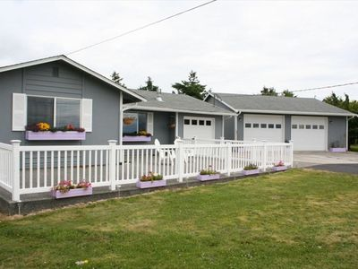 Charming 2 bed 1 bath view home on Whidbey Island.
