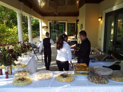 Miami Wedding Locations on Miami Beach Villa Rental   During Wedding Event Catering Setting Area
