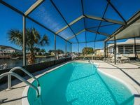 HEATED POOL  ~  BIKES ~  SUPs ~  KAYAKS ~ BOAT RENTAL DISCOUNT ~ FISHING POLES!