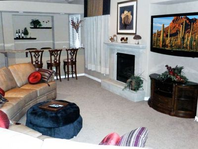 Family Room with 55 Inch Led Hdtv 1080p