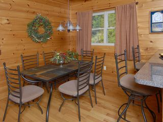 Wears Valley cabin photo - Smoky Mountain Cabin Dining Area with seating for 6, 2 Bar Stools, Full Kitchen