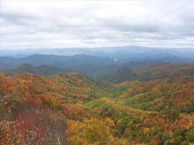 Franklin farmhouse rental - Appalachian Trail - Wesser Fire tower view