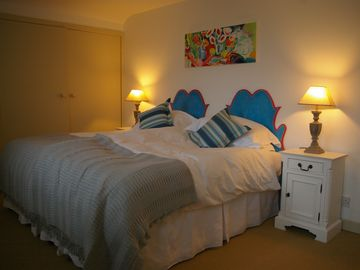 Double Bedroom 2 (Can be a Kingsize bed or two singles)