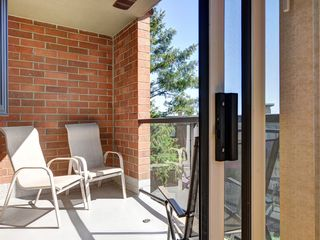 Victoria townhome photo - One of three private patios