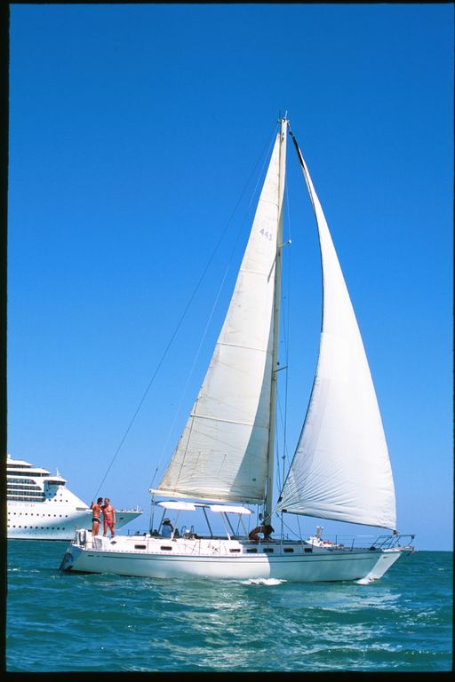 Sailing in crystal clear turquoise waters aboard Wild Thing. Fun for two couples