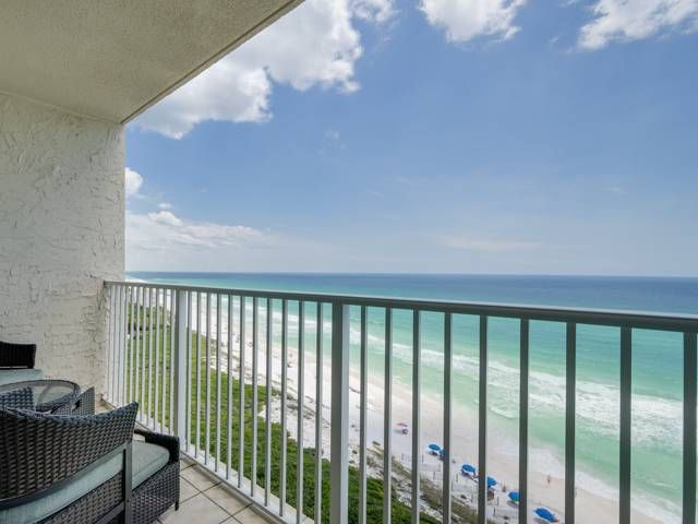 Wonderful Gulf-Front Condo with Amazing Views of the Gulf in Seagrove!