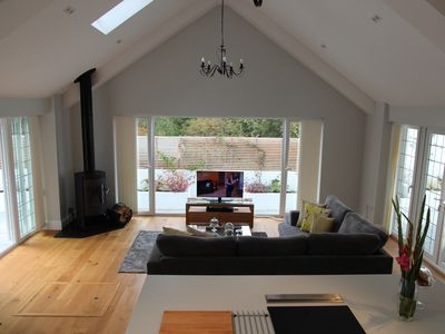 Open Plan Holiday Cottage Within Walking Distance Of Westbourne And Beach Access