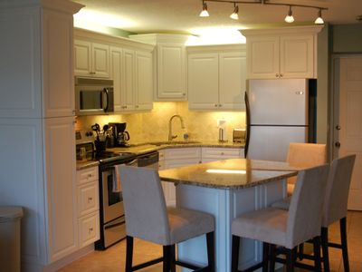 Brand New Luxury Kitchen with all the Amenities for Breakfast, Lunch and Dinner