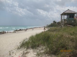 Deerfield Beach condo photo - View of Beach and life Guard Tower looking south