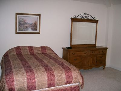 Large, comfortable queen king size beds