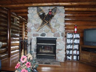 Ely cabin photo - Den facing fireplace