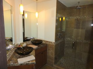 Steamboat Springs condo photo - Master Bathroom - walk in shower, his and her sinks