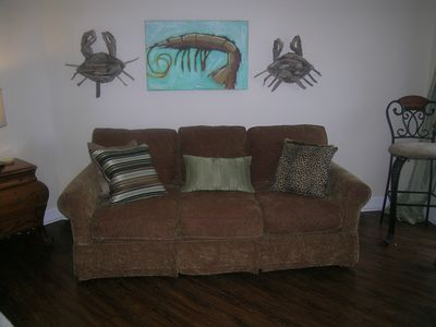 Comfy queen sleeper sofa w/ memory foam mattress - no bar in your back!