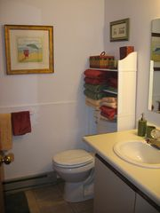Oak Harbor condo photo - Bathroom