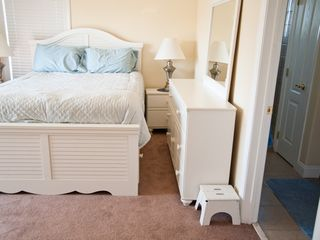 Atlantic City townhome photo - Beautifully appointed bedroom!