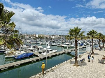 Marina & restaurants & promenade walks