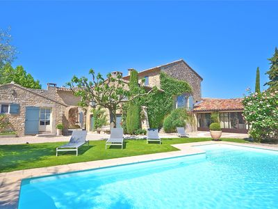 St Roch: superb farmhouse from the 18th century in the heart of Provence